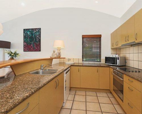 apartment-2-andari-sunshine-beach-noosa-6
