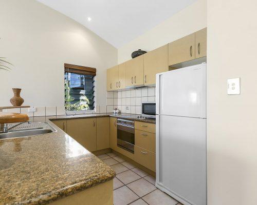 apartment-5-andari-sunshine-beach-noosa-2