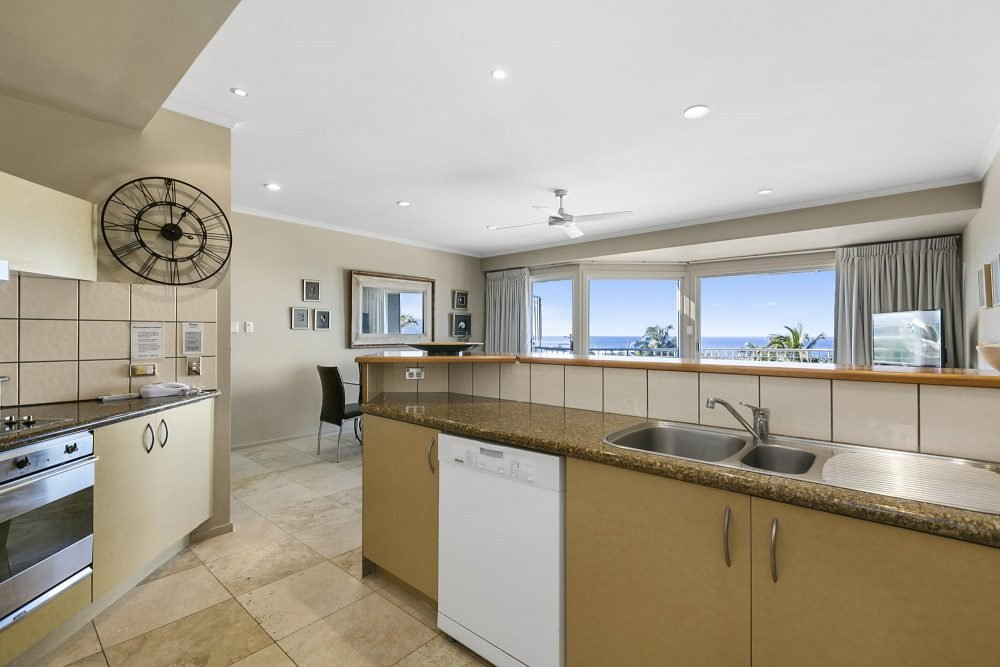 apartment-9-andari-sunshine-beach-noosa-1